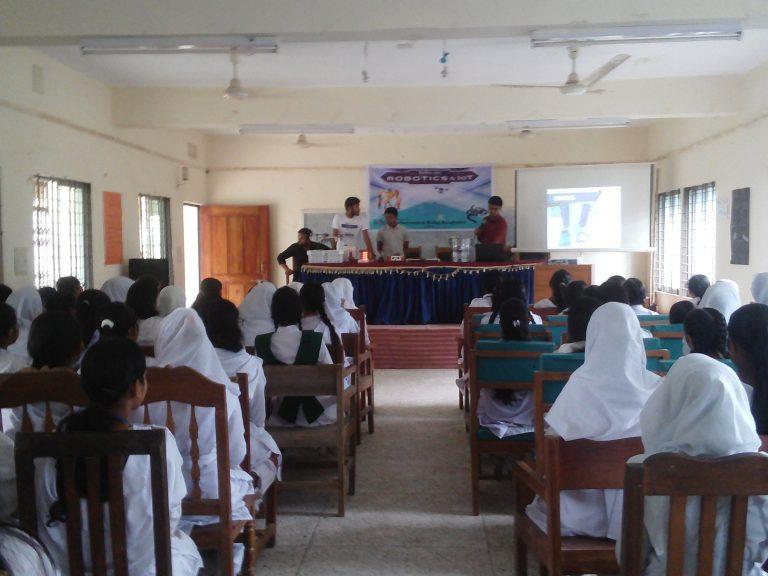 school robotics workshop