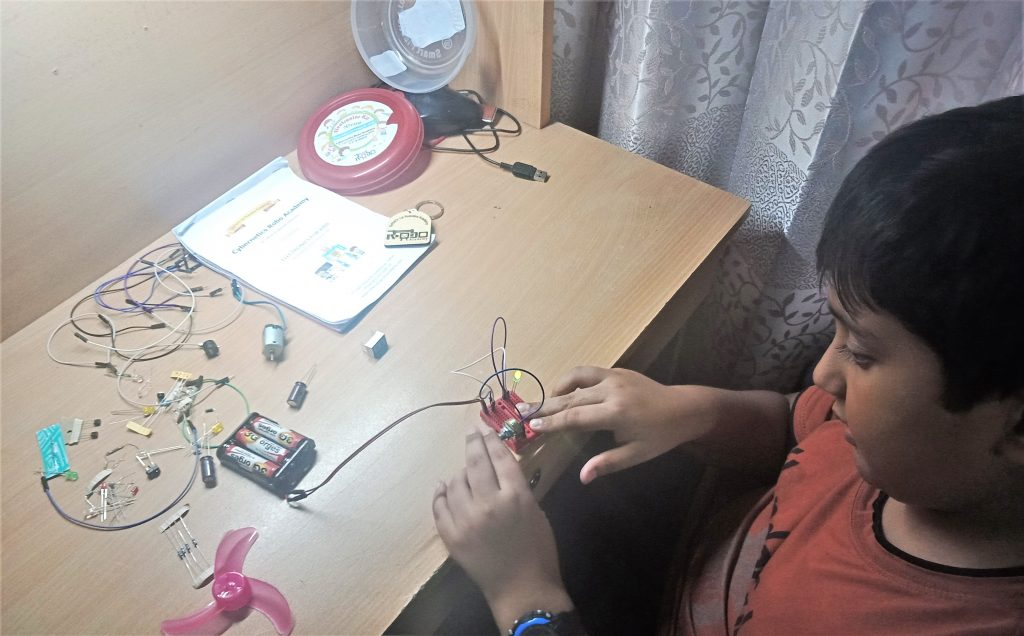 Kid making circuit